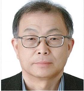 교수 사진